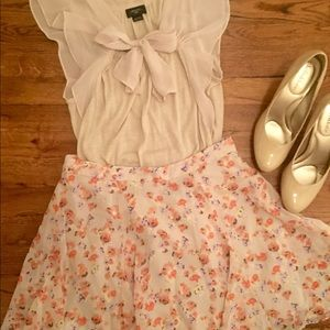 New BCBG Generation Floral Skirt Size 4